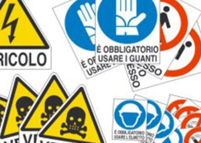 Etichette Adesive Per Industria 4 | La Targa Cuneo | Targhe E Timbri Cuneo (Cn)