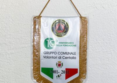 Gagliardetti 3   La Targa Cuneo   Targhe E Timbri Cuneo (Cn)