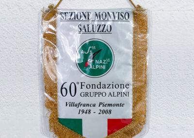 Gagliardetti   La Targa Cuneo   Targhe E Timbri Cuneo (Cn)